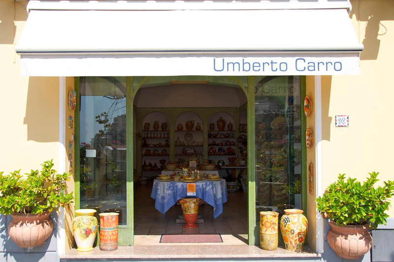Several Shopping Specializing in Umberto Carro Pottery
