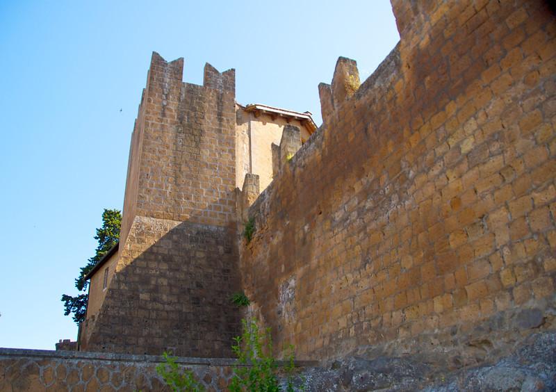 Tuscania City Walls