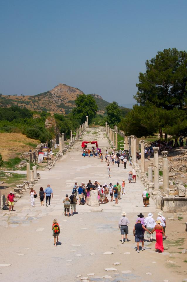 Harbor Street    Re-enactment of Roman Gladiators