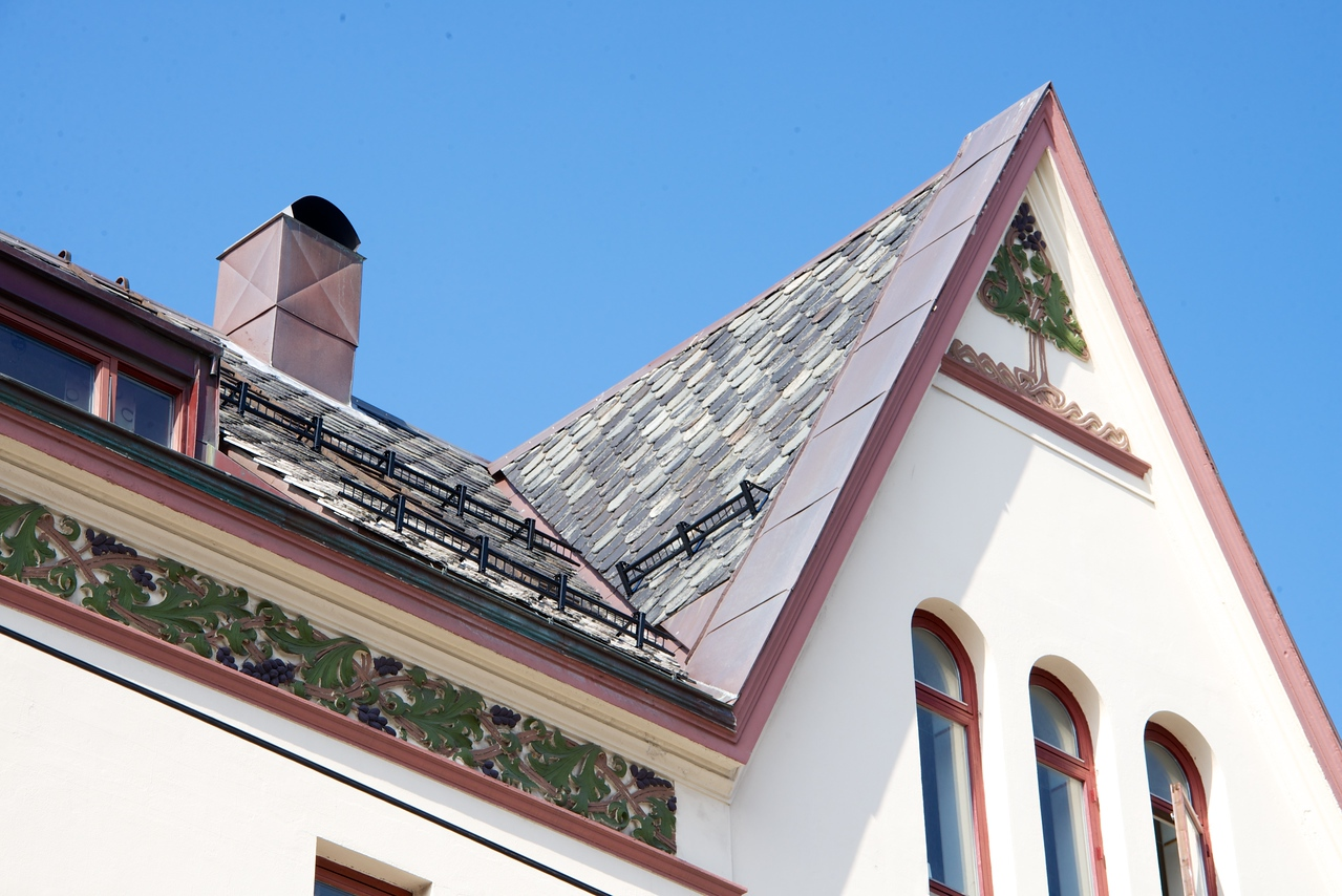 Examples of Art Nouveau Decoration and Slate Tile Roof