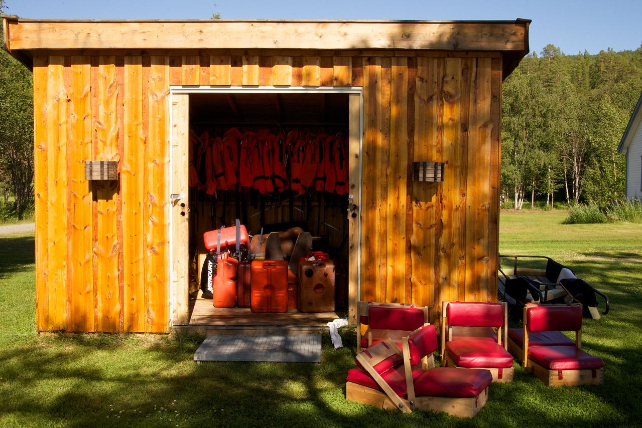 Sorrisniva Canoe Storage Shed