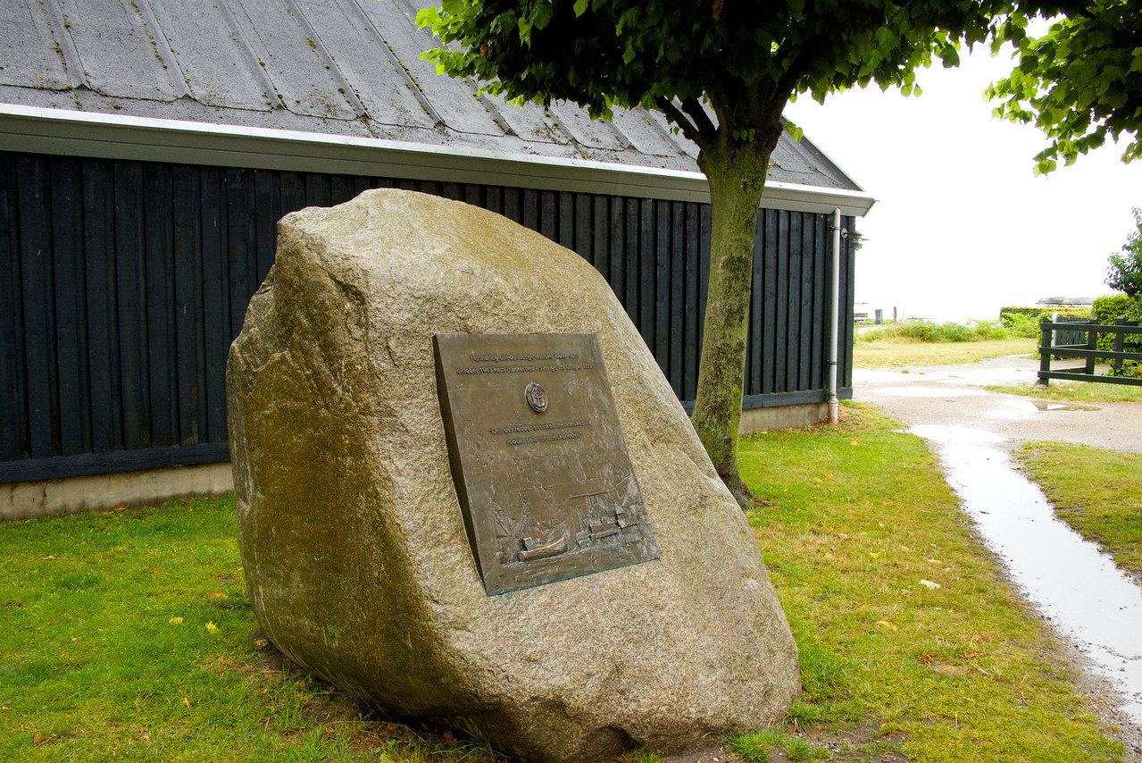 Monument commemorating the Jews who were taken to Sweden during WWII and the bravery of the fishermen who took them
