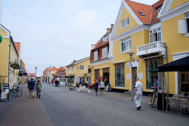 Walk into Skagen from tender