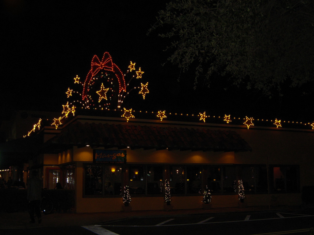 Christmas lights at Mangos on Las Olas Boulevard; this is where we had dinner a short while ago.