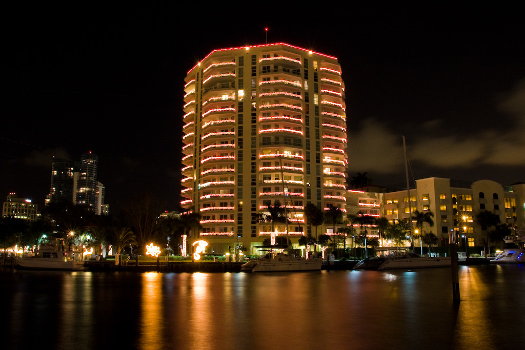 Riverwalk, Fort Lauderdale, Florida: <br /> Skyline across the canal on the Riverwalk.
