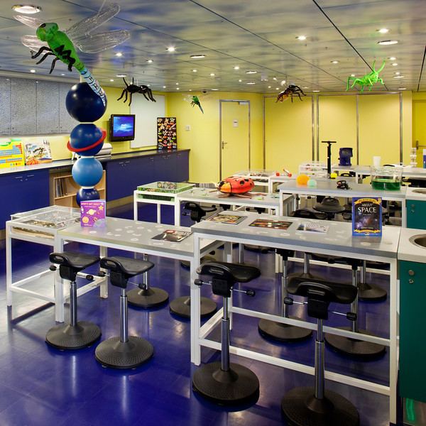 Adventure Science Lab - Deck 14 Forward<br /> Oasis of the Seas - Royal Caribbean Cruise Line