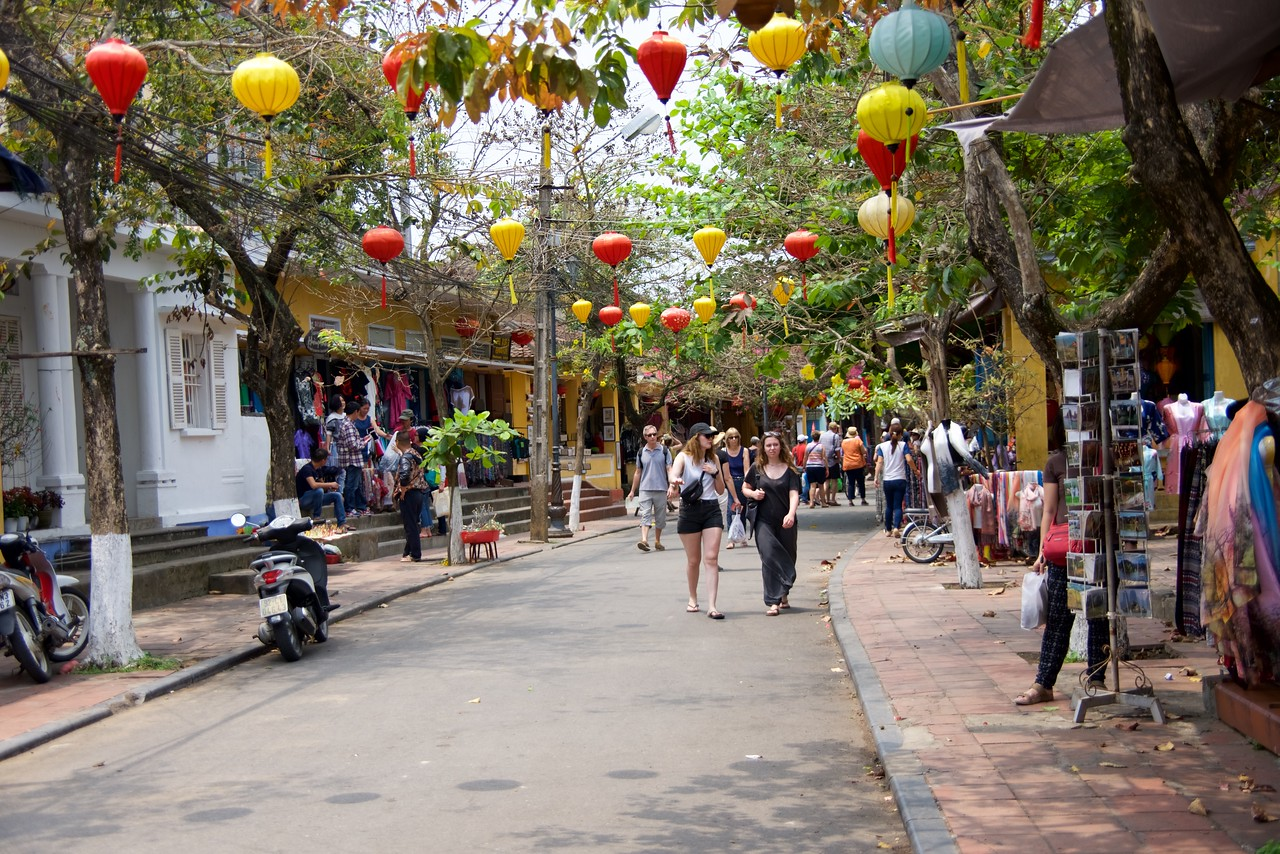 From 16-18th centuries, Hoi An was a thriving international commercial port for Chinese, Dutch, French, Japanese, Portuguese and Arab merchants. Today it is a quaint riverside town, popular with travelers for its eclectic architecture, tailor shops and cafes.
