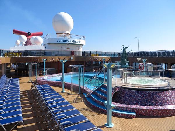 Carnival Miracle - main pool.