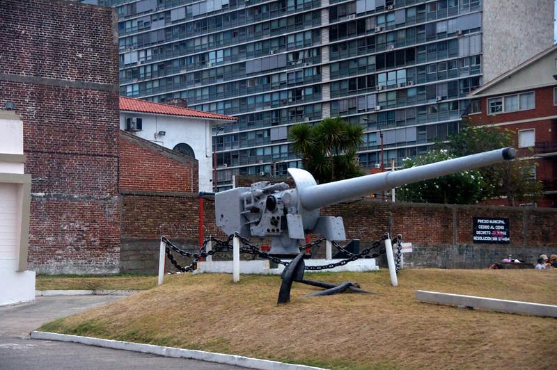 Admiral Spee Gun  2011-01-1909-59-11