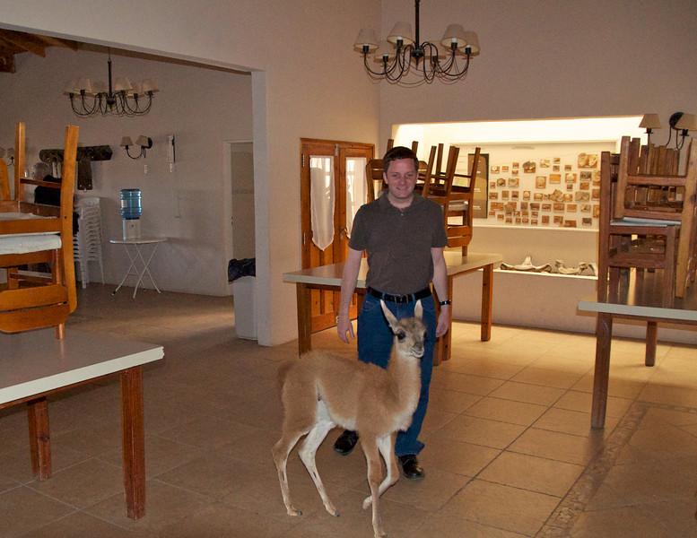 Zane Made A Friend2011-01-1611-30-38