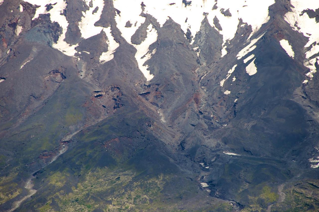 Volcano Ash Base2011-01-0522-46-57