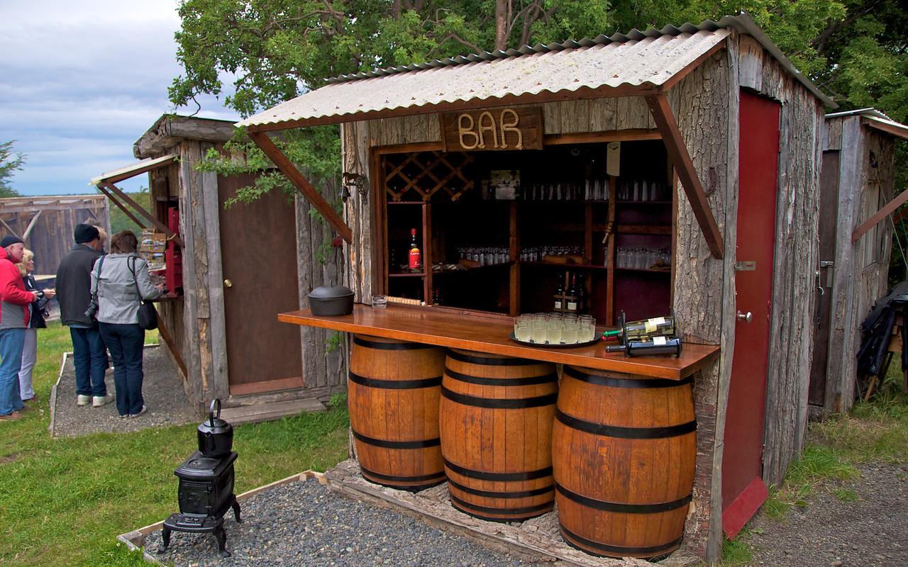 Bar2011-01-1113-12-23