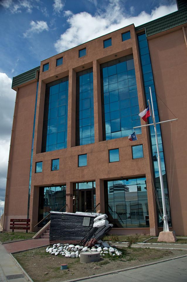 Navy Building2011-01-1213-43-40