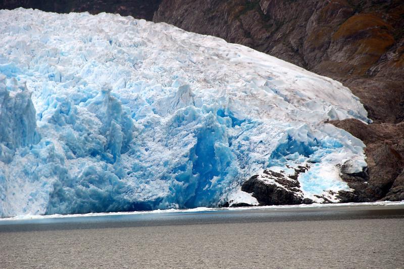 Right Side of San Raphael Glacier2011-01-0809-56-04