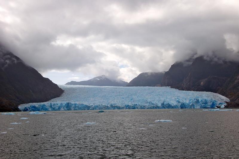 Entire Width of San Raphael Glacier2011-01-0809-52-52