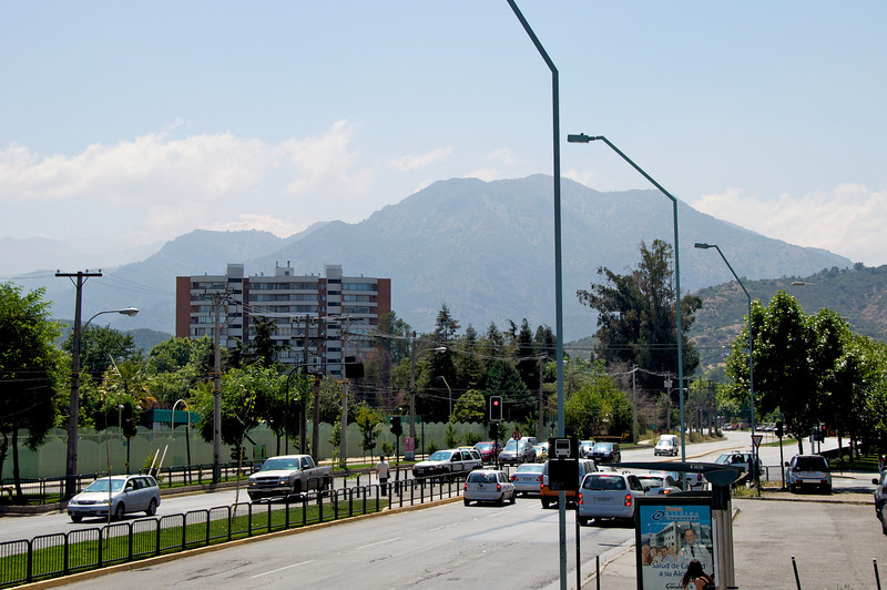 Andes from Streets of Santiago2011-01-0223-28-56
