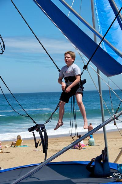 Boy Jumping 2011-01-0400-13-20