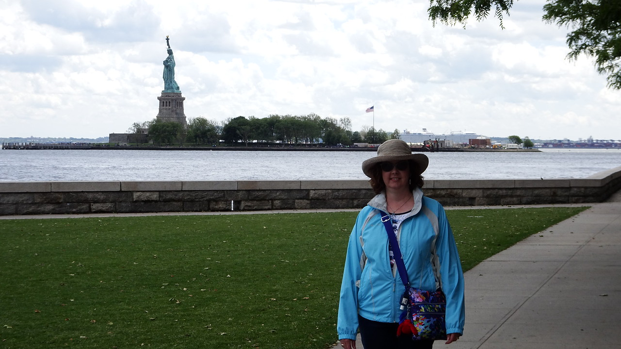 Sheila poses with Lady Liberty.