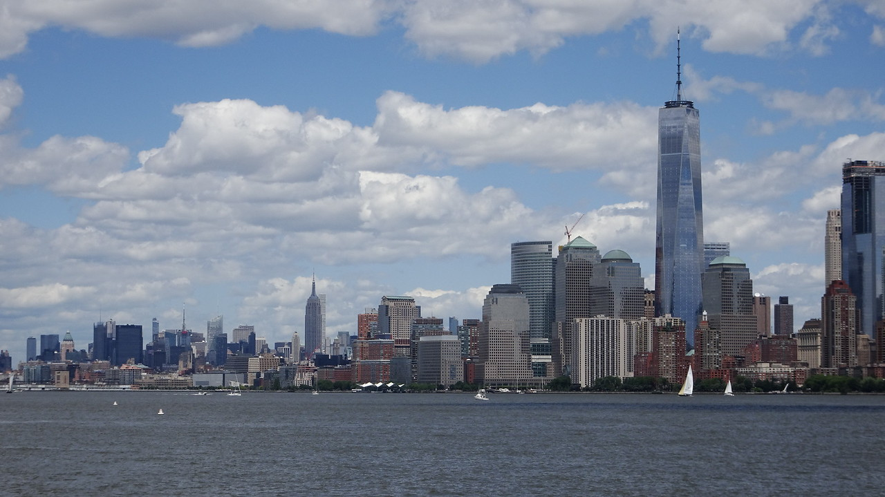 Shot of the World Trade Center and the Empire State Building.  The ESB looks a lot smaller because is is further away.