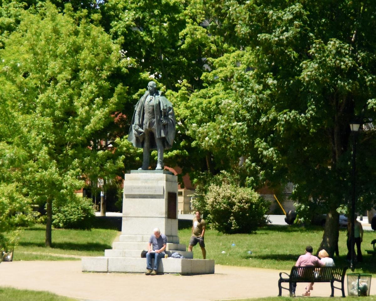 Cornwallis Park from Bus    Statue of Edward Cornwallis