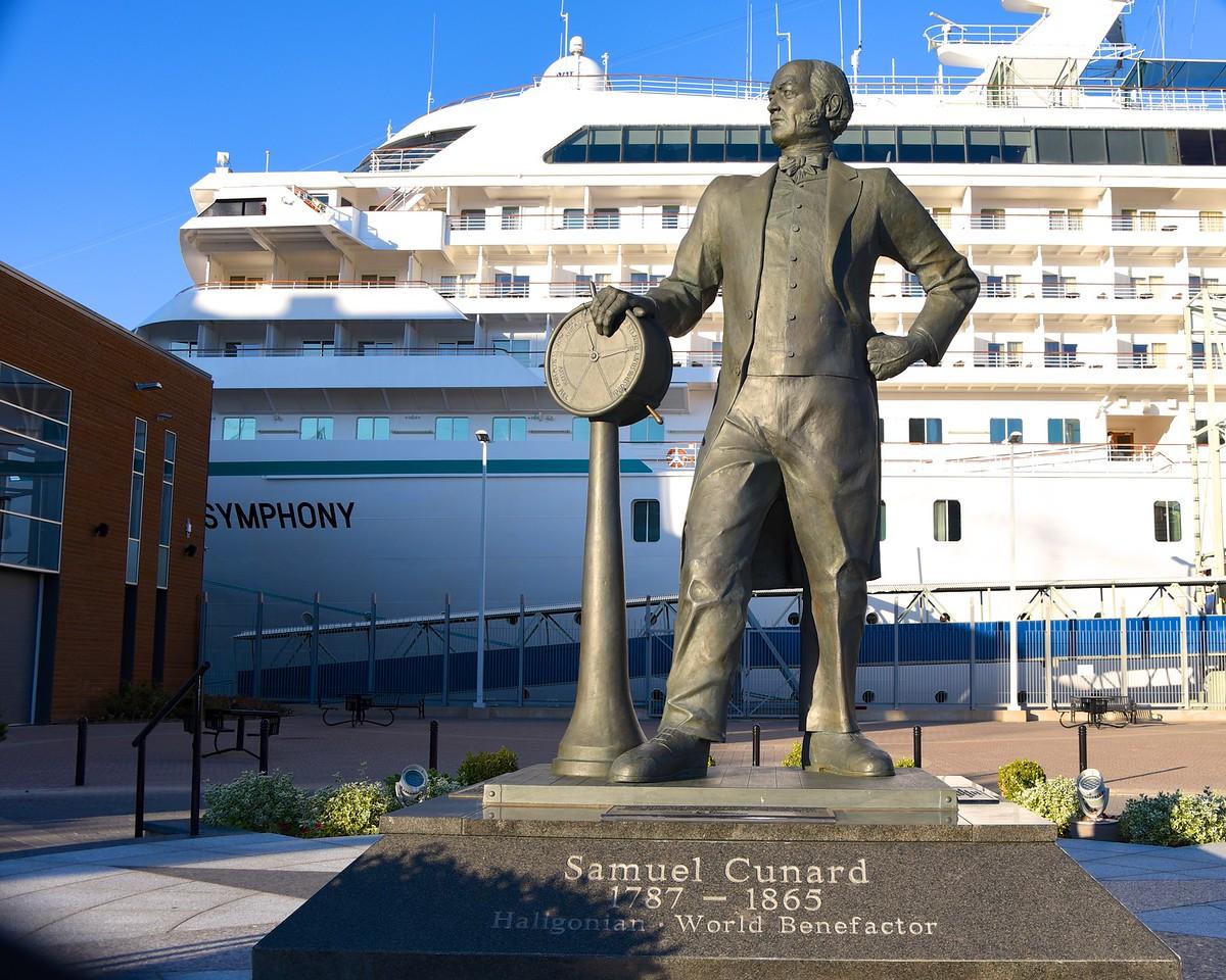 Statue of Samuel Cunard at Port