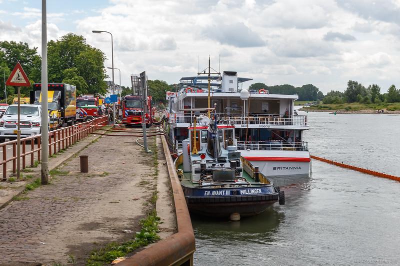 """Motorsleepboot EN-Avant III 02311682 <a href=""""http://www.binnenvaart.eu/motorsleepboot/17056-en-avant-iii.html"""" target=""""blank"""">info</a>"""