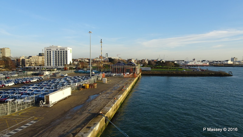 City Cruise Terminal 101 Mayflower Park to Town Quay Southampton PDM 14-12-2016 14-37-42