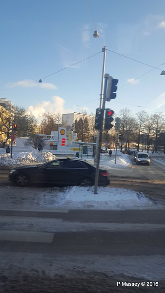 Snow on way to Helsinki City Centre PDM 11-11-2016 13-24-02