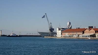 HNLMS DE RUYTER F804 Pier A Departing Thessaloniki PDM 01-11-2016 10-21-34