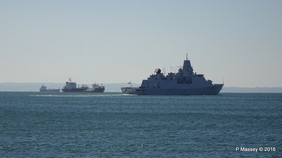 HNLMS DE RUYTER departing Thessaloniki Thermaikos Gulf PDM 01-11-2016 10-30-23