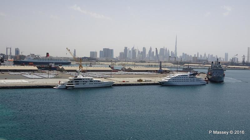 QUEEN ELIZABETH 2 ROMEA DUBAWI RFA FORT VICTORIA Dubai PDM 19-03-2016 13-18-17