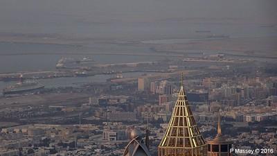 AIDAstella QE2 Dubai Level 124 Burj Khalifa PDM 24-03-2016 18-23-052