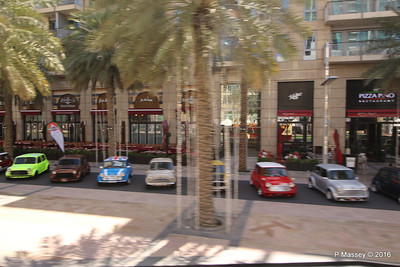 Minis Emirates Classic Car Festival Downtown Dubai PDM 24-03-2016 10-43-33