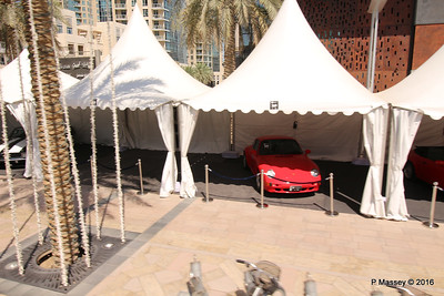 Emirates Classic Car Festival Downtown Dubai PDM 24-03-2016 10-40-39