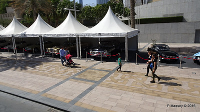 Emirates Classic Car Festival Downtown Dubai PDM 25-03-2016 14-36-08