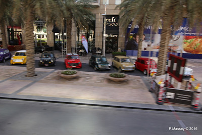 Minis Emirates Classic Car Festival Downtown Dubai PDM 24-03-2016 10-43-030