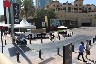 Emirates Classic Car Festival Downtown Dubai PDM 25-03-2016 14-39-55