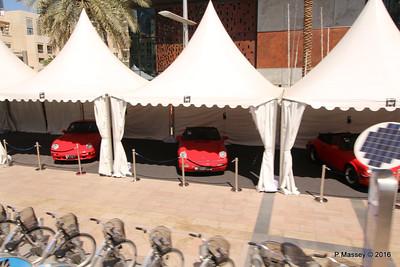 Emirates Classic Car Festival Downtown Dubai PDM 24-03-2016 10-40-38