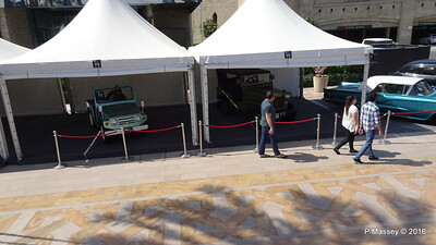 Emirates Classic Car Festival Downtown Dubai PDM 25-03-2016 14-36-25