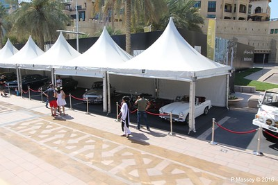 Emirates Classic Car Festival Downtown Dubai PDM 25-03-2016 14-39-58