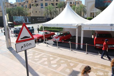 Emirates Classic Car Festival Downtown Dubai PDM 25-03-2016 14-39-44