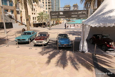 Emirates Classic Car Festival Downtown Dubai PDM 24-03-2016 10-40-42
