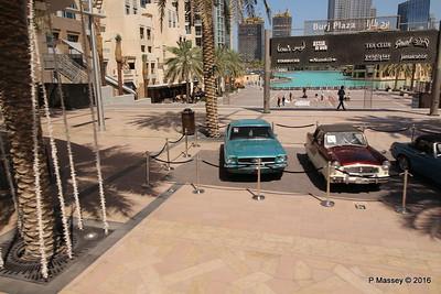 Emirates Classic Car Festival Downtown Dubai PDM 24-03-2016 10-40-43