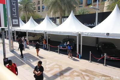 Emirates Classic Car Festival Downtown Dubai PDM 25-03-2016 14-40-01