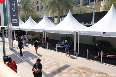 Emirates Classic Car Festival Downtown Dubai PDM 25-03-2016 14-40-01