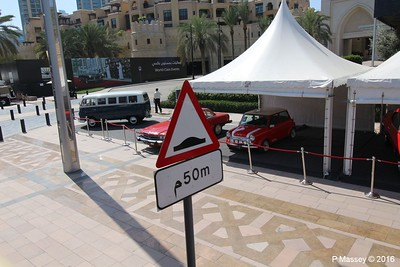 Emirates Classic Car Festival Downtown Dubai PDM 25-03-2016 14-39-45