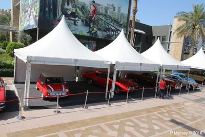 Emirates Classic Car Festival Downtown Dubai PDM 25-03-2016 14-39-49