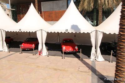 Emirates Classic Car Festival Downtown Dubai PDM 24-03-2016 10-40-36