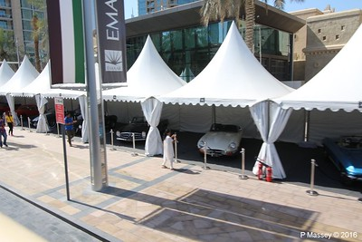 Emirates Classic Car Festival Downtown Dubai PDM 25-03-2016 14-40-56