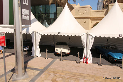 Emirates Classic Car Festival Downtown Dubai PDM 24-03-2016 10-40-33